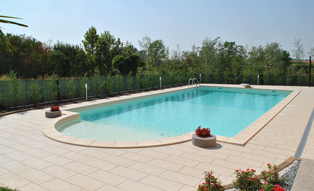 Vendita piscine interrate piscina con scala romana kora - Offerte piscine interrate ...