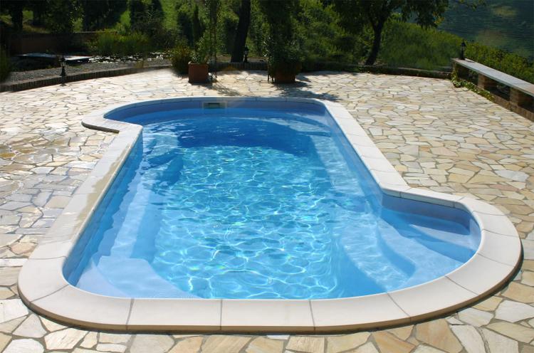 Vendita piscine interrate piscine in vetroresina in kit for Piscina vetroresina usata