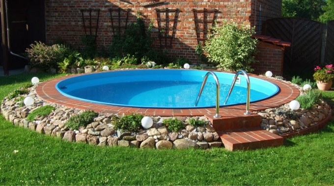 Affordable piscine interrate rotonde maya with foto di for Blu design piscine napoli